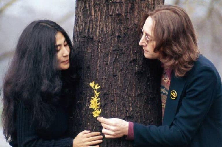 Yoko Ono, la donna che distrusse i Beatles?